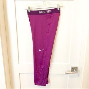 NWOT Nike Pro Cropped Leggings